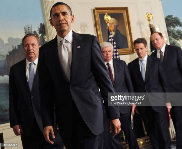 S President Barack Obama meets with Treasury Secretary Tim Geithner and the chairmen and ranking members of the Senate Banking Committee and the...
