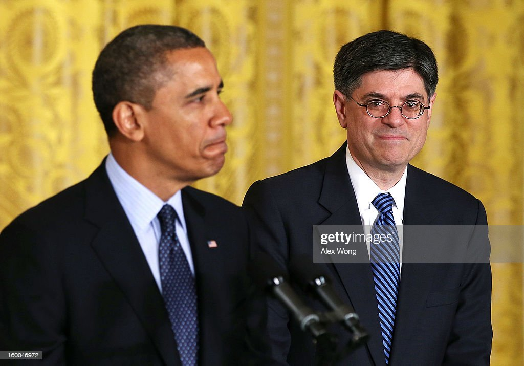 U.S. President <a gi-track='captionPersonalityLinkClicked' href=/galleries/search?phrase=Barack+Obama&family=editorial&specificpeople=203260 ng-click='$event.stopPropagation()'>Barack Obama</a> (L) pauses as White House Chief of Staff <a gi-track='captionPersonalityLinkClicked' href=/galleries/search?phrase=Jack+Lew&family=editorial&specificpeople=2745013 ng-click='$event.stopPropagation()'>Jack Lew</a> (R) looks on during a personnel announcement at the East Room of the White House January 25, 2013 in Washington, DC. President Obama has appointed Deputy National Security Adviser Denis McDonough to replace Lew to be the new White House chief of staff.