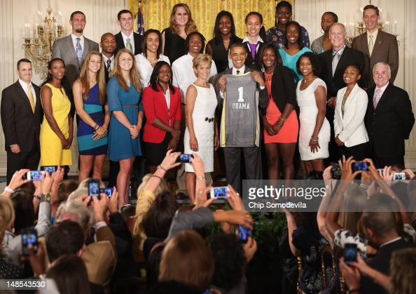 S President Barack Obama poses for photographs with the 2012 NCAA Women's Basketball champion Baylor University Lady Bears and Head Coach Kim Mulkey...