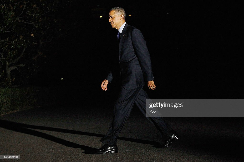 U.S. President <a gi-track='captionPersonalityLinkClicked' href=/galleries/search?phrase=Barack+Obama&family=editorial&specificpeople=203260 ng-click='$event.stopPropagation()'>Barack Obama</a> returns to the White House on July 18, 2012 in Washington, D.C. Obama was in Texas attending campaign events.