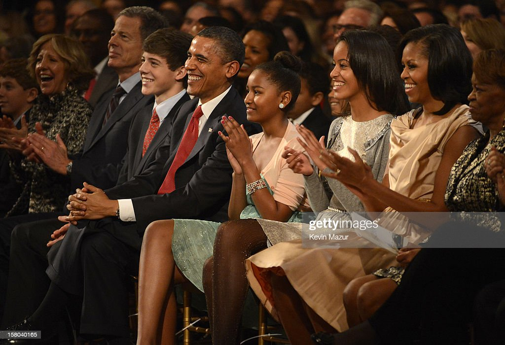 U.S. President Barack Obama, Sasha Obama, Malia Obama, and First Lady Michelle Obama attend TNT Christmas in Washington 2012 at National Building Museum on December 9, 2012 in Washington, DC. 23098_003_KM_1158.JPG