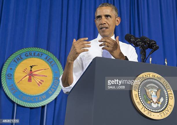 US President Barack Obama speaks about economic opportunities at Durant High School in Durant Oklahoma in the Choctaw Nation July 15 2015 AFP PHOTO /...