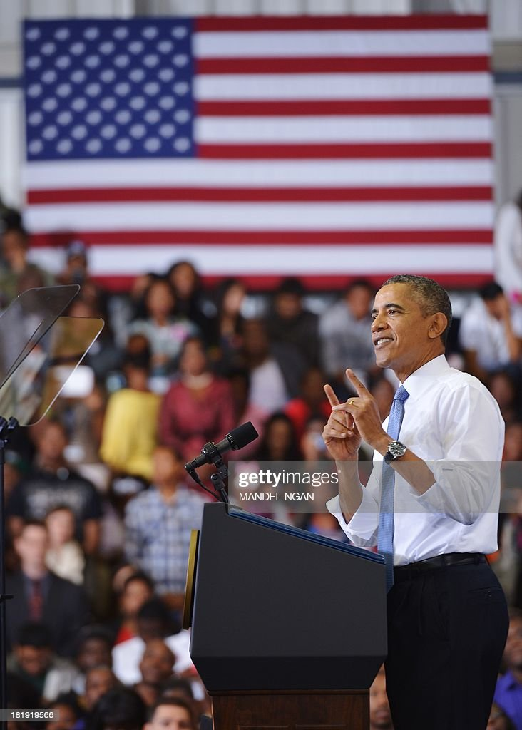 US President Barack Obama speaks about the Affordable Care Act at Prince Georges Community College on September 26, 2013 in Largo, Maryland. On October 1, 2013, open enrollment starts for the new Obamacare online, state-based exchanges, where consumers will be able to compare and shop for private health insurance plans. AFP PHOTO/Mandel NGAN