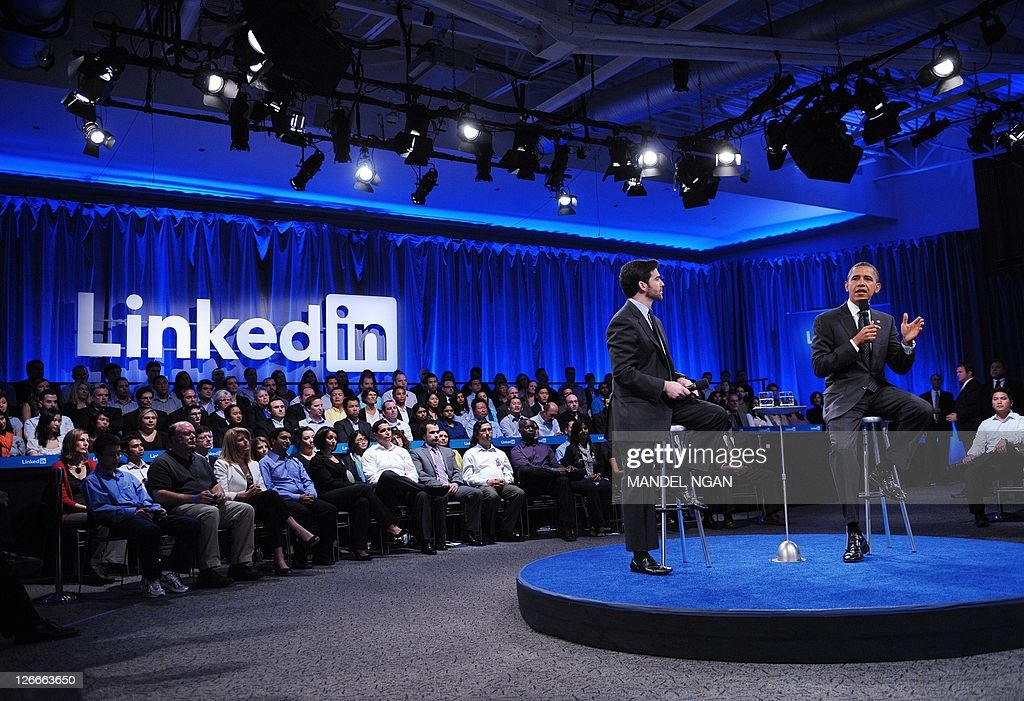 US President Barack Obama speaks as as Linkedin CEO Jeff Weiner (L) looks on during a Linkedin town hall meeting at the Computer History Museum September 26, 2011 in Mountain View, California. AFP PHOTO/Mandel NGAN