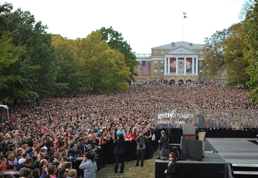 US President Barack Obama speaks at a campaign rally October 4, 2012 at the University of Wisconsin-Madison in Madison, Wisconsin. Obama returned to the campaign trail after taking part in the first presidential debate on October 3, 2012 in Denver. AFP PHOTO/Mandel NGAN