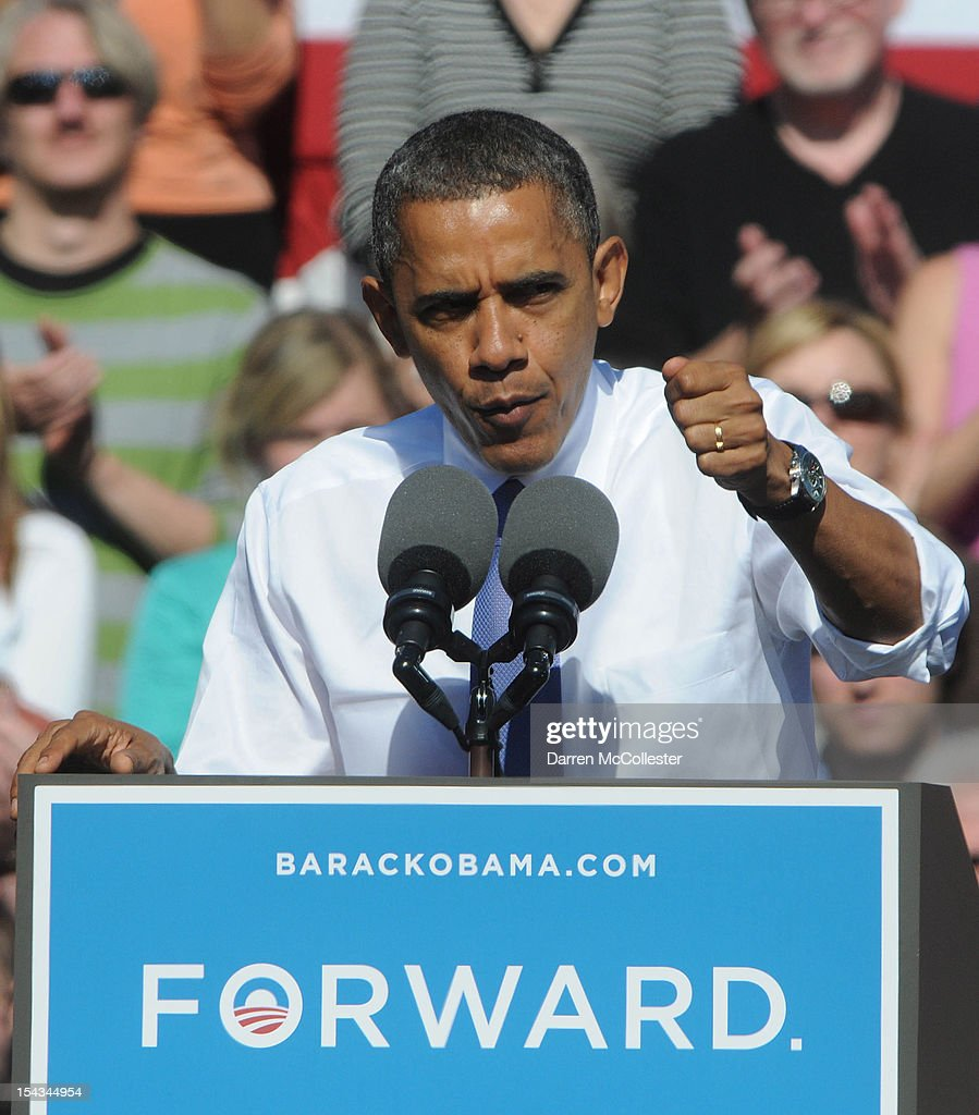 President <a gi-track='captionPersonalityLinkClicked' href=/galleries/search?phrase=Barack+Obama&family=editorial&specificpeople=203260 ng-click='$event.stopPropagation()'>Barack Obama</a> speaks at an event at Veteran's Memorial Park October 18, 2012 in Manchester, New Hampshire. President Obama continues to campaign in swing states with just under three weeks left till Election Day.
