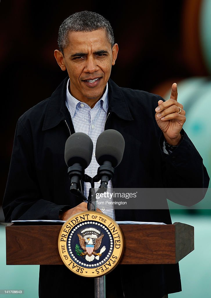 U.S. President <a gi-track='captionPersonalityLinkClicked' href=/galleries/search?phrase=Barack+Obama&family=editorial&specificpeople=203260 ng-click='$event.stopPropagation()'>Barack Obama</a> speaks at the southern site of the Keystone XL pipeline on March 22, 2012 in Cushing, Oklahoma. Obama is pressing federal agencies to expedite the section of the Keystone XL pipeline between Oklahoma and the Gulf Coast.