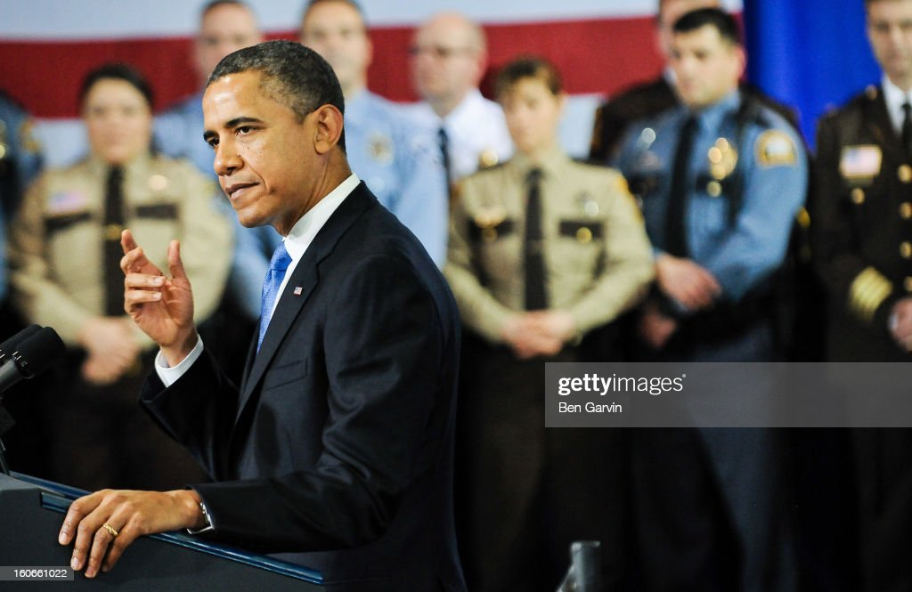 U.S. President <a gi-track='captionPersonalityLinkClicked' href=/galleries/search?phrase=Barack+Obama&family=editorial&specificpeople=203260 ng-click='$event.stopPropagation()'>Barack Obama</a> speaks before a crowd of local leaders and law enforcement officials at the Minneapolis Police Department Special Operations Center on February 4, 2013 in Minneapolis, Minnesota. President Obama is promoting a ban on assault weapons and expanded background checks on gun buyers.