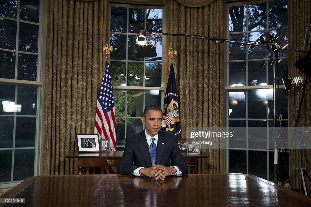 U.S. President Barack Obama speaks during a nationally televised address from the White House in Washington, D.C., U.S., on Tuesday, June 15, 2010. Obama said the oil spill in the Gulf of Mexico is an urgent call for action to cut U.S. dependence on fossil fuels and vowed that BP Plc will be required to spend whatever is needed to repair damage caused by the company's 'recklessness.' Photographer: Jim Lo Scalzo/Pool via Bloomberg Barack Obama
