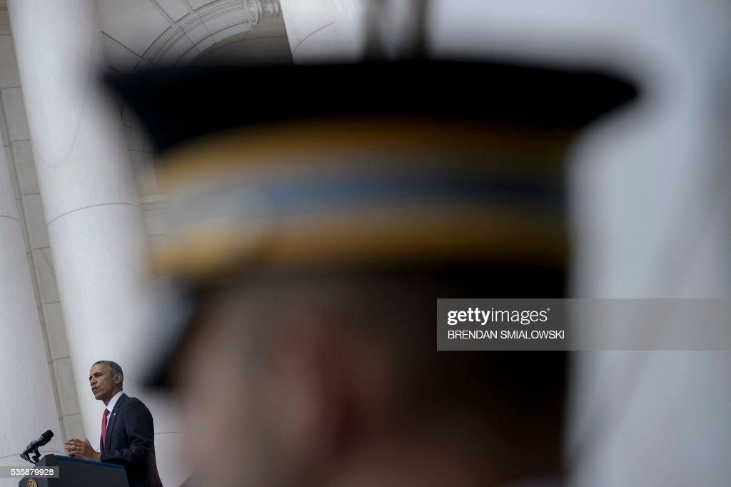 US President Barack Obama speaks during an event to honor Memorial Day at Arlington National Cemetery May 30, 2016 in Arlington, Virginia. / AFP / Brendan Smialowski