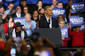 S President Barack Obama speaks in support of Connecticut Governor Dan Malloy on November 2 2014 in Bridgeport Connecticut On the weekend before...