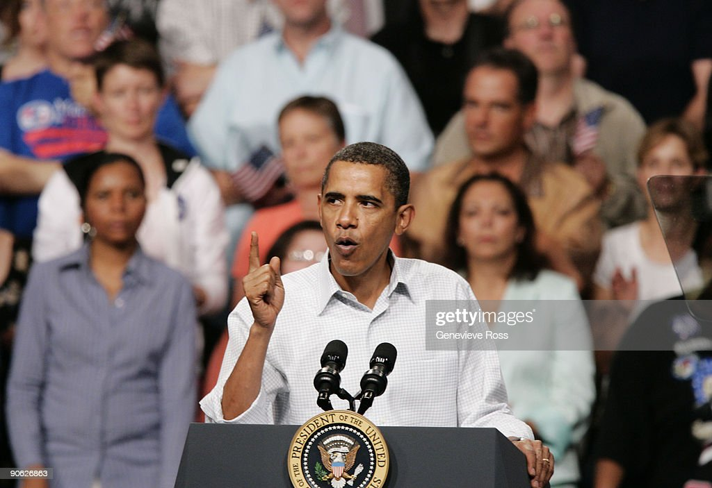 President <a gi-track='captionPersonalityLinkClicked' href=/galleries/search?phrase=Barack+Obama&family=editorial&specificpeople=203260 ng-click='$event.stopPropagation()'>Barack Obama</a> speaks on health care during a rally at the Target Center on September 12, 2009 in Minneapolis, Minnesota. The President is trying to gain support for his health insurance reform plans.