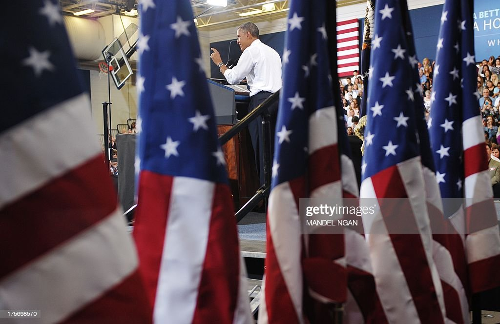 US President Barack Obama speaks on home ownership for the middle class at Desert Vista High School on August 6, 2013 in Phoenix, Arizona. AFP PHOTO/Mandel NGAN