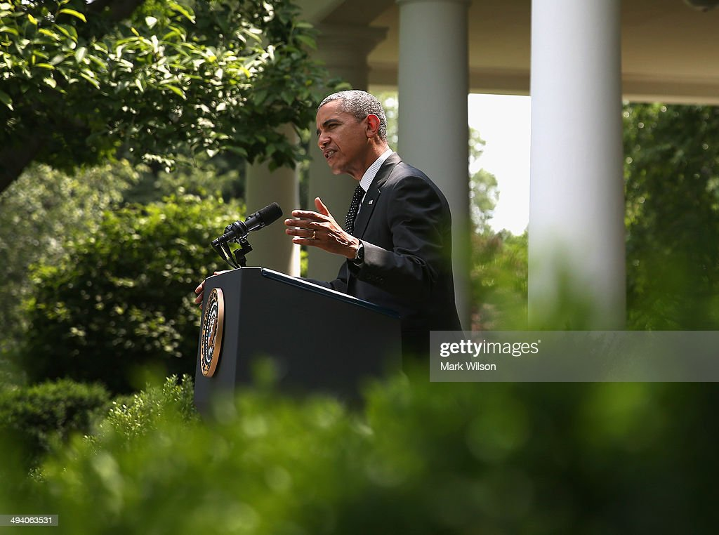 U.S. President <a gi-track='captionPersonalityLinkClicked' href=/galleries/search?phrase=Barack+Obama&family=editorial&specificpeople=203260 ng-click='$event.stopPropagation()'>Barack Obama</a> speaks to the media about removing troops Afghanistan, in the Rose Garden at the White House, May 27, 2014 in Washington, DC. President Obama announced plans to pull out all American combat troops in Afghanistan by the end of 2016. The administration's plan is to keep a contingency force of 9,800 U.S. troops in Afghanistan beyond 2014, consolidating them in Kabul and on Bagram Air Base.