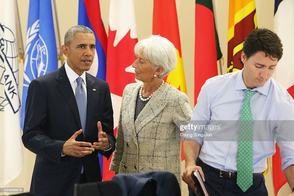 U.S. President <a gi-track='captionPersonalityLinkClicked' href=/galleries/search?phrase=Barack+Obama&family=editorial&specificpeople=203260 ng-click='$event.stopPropagation()'>Barack Obama</a> talks with International Monetary Fund Managing Director <a gi-track='captionPersonalityLinkClicked' href=/galleries/search?phrase=Christine+Lagarde&family=editorial&specificpeople=566337 ng-click='$event.stopPropagation()'>Christine Lagarde</a> during a 'Outreach Session' on May 27, 2016 in Kashikojima, Japan. In the two-day summit, the G7 leaders discussed the pressing global issues including counter-terrorism, energy policy, and sustainable development.