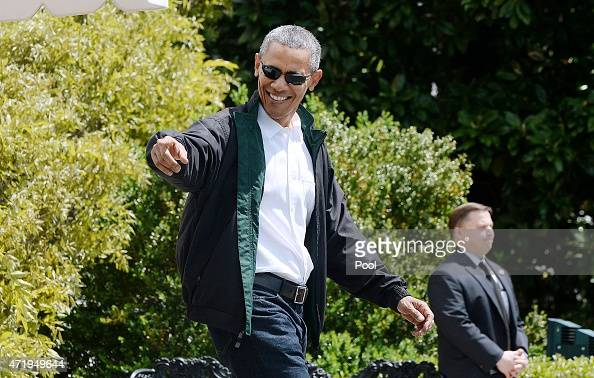 US President Barack Obama walks towards Marine One on the South Lawn of the White House prior to his departure May 2 2015 in Washington DC The...