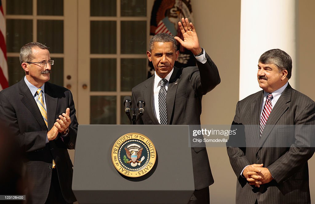 U.S. President <a gi-track='captionPersonalityLinkClicked' href=/galleries/search?phrase=Barack+Obama&family=editorial&specificpeople=203260 ng-click='$event.stopPropagation()'>Barack Obama</a> (C) waves goodbye after making a statement demanding that Congress to pass extensions of transportation and avaition bills with U.S. Chamber of Commerce Chief Operating Officer David Chavern (L) and AFL-CIO President and member of the President's Council on Jobs and Competitiveness <a gi-track='captionPersonalityLinkClicked' href=/galleries/search?phrase=Richard+Trumka&family=editorial&specificpeople=2701507 ng-click='$event.stopPropagation()'>Richard Trumka</a> in the Rose Garden August 31, 2011 in Washington, DC. Obama called on Congress to move forward in a bipartisan way to pass a clean extension of the Surface Transportation Bill, which expires at the end of September, and a clean extension of the Federal Aviation Administration Reauthorization, which expires in mid-September.