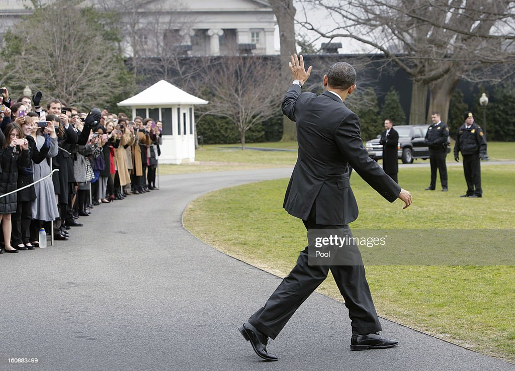 U.S. President <a gi-track='captionPersonalityLinkClicked' href=/galleries/search?phrase=Barack+Obama&family=editorial&specificpeople=203260 ng-click='$event.stopPropagation()'>Barack Obama</a> waves to the crowd as he departs the White House February 7, 2013 in Washington, DC Obama will attend the House Democratic Issues Conference in Lansdowne, Virginia.