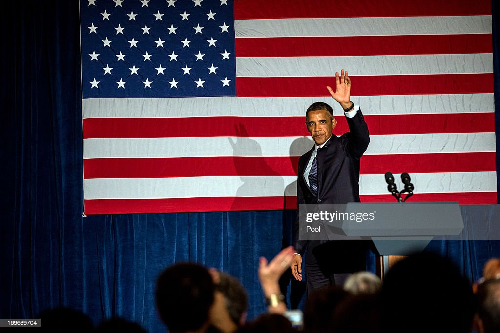U.S. President <a gi-track='captionPersonalityLinkClicked' href=/galleries/search?phrase=Barack+Obama&family=editorial&specificpeople=203260 ng-click='$event.stopPropagation()'>Barack Obama</a> waves to the crowd during a fundraiser for the Democratic Congressional Campaign Committee at the Chicago Hilton on May 29, 2013 in Chicago, Illinois. Obama is helping to raise money for U.S. House Democrats heading into the 2014 midterm elections.