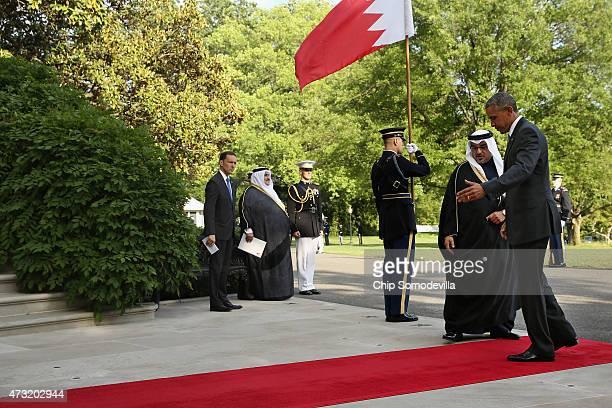 US President Barack Obama welcomes Salman bin Hamad AlKhalifa Crown Prince of The Kingdom of Bahrain to the White House May 13 2015 in Washington DC...