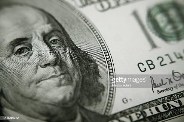 President Benjamin Franklin on 100 US dollar bill