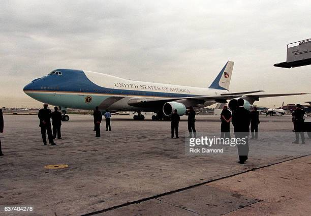 President Bill Clinton arrives on Air Force One heading to rally at Centennial Olympic Park in Atlanta Georgia November 18 1996 Photo By Rick...