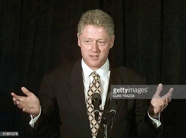 President Bill Clinton attends a Democratic National Committee luncheon 20 September at the Postrio restaurant in San Francisco CA The White House...