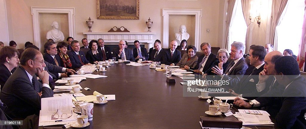 Us President Bill Clinton 4th R Meets With His C Pictures