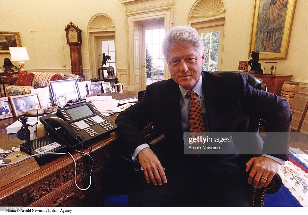 us president bill clinton poses for portrait in the oval office august 17 1999 in bill clinton oval office