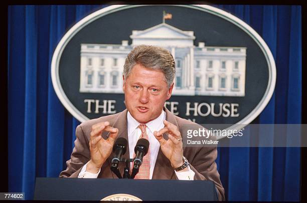President Bill Clinton speaks at a press conference on the budget October 25 1995 in Washington DC Clinton explained that he was in favor of...