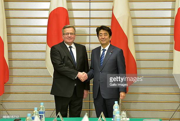 President Bronislaw Komorowski and Prime Minister Shinzo Abe attend the Summit Meeting on February 27 2015 at the Prime Minister's Official Residence...