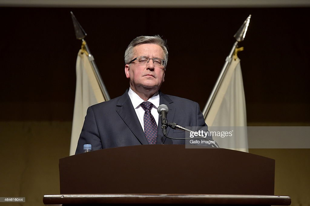 President <a gi-track='captionPersonalityLinkClicked' href=/galleries/search?phrase=Bronislaw+Komorowski&family=editorial&specificpeople=836872 ng-click='$event.stopPropagation()'>Bronislaw Komorowski</a> speaks at the Economic Forum between Poland and Japan during his state visit on February 26, 2015 at Palace Hotel in Tokyo, Japan.