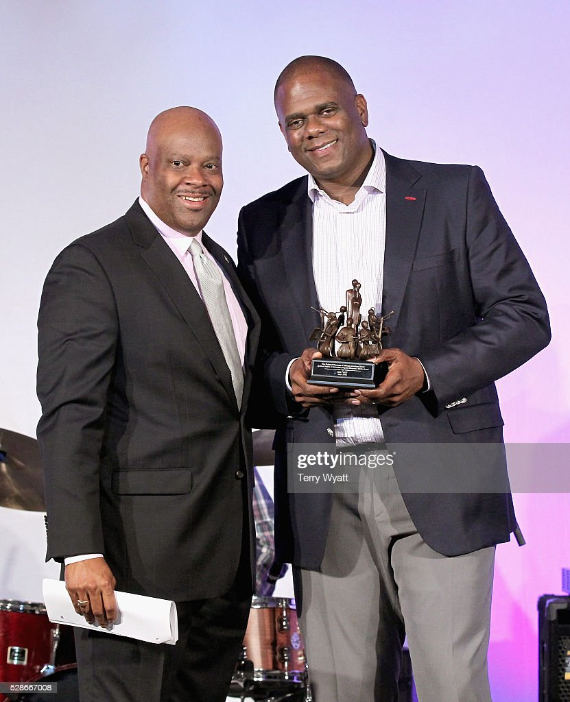 President & CEO at National Museum of African American Music H. Beecher Hicks III (L) and Chairman & CEO of Warner/Chappell Music Jon Platt (R) pose with award during NMAAM's Celebration Of Legends Red Carpet And Luncheon on May 6, 2016 in Nashville, Tennessee.