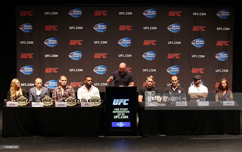 UFC president <a gi-track='captionPersonalityLinkClicked' href=/galleries/search?phrase=Dana+White&family=editorial&specificpeople=977217 ng-click='$event.stopPropagation()'>Dana White</a> hosts a press conference live with UFC heavyweight champion <a gi-track='captionPersonalityLinkClicked' href=/galleries/search?phrase=Cain+Velasquez&family=editorial&specificpeople=5445619 ng-click='$event.stopPropagation()'>Cain Velasquez</a>, Junior Dos Santos, UFC light heavyweight champion Jon Jones, Alexander Gustafsson, UFC welterweight champion <a gi-track='captionPersonalityLinkClicked' href=/galleries/search?phrase=Georges+St-Pierre&family=editorial&specificpeople=4864241 ng-click='$event.stopPropagation()'>Georges St-Pierre</a>, Johny Hendricks, UFC women's bantamweight champion <a gi-track='captionPersonalityLinkClicked' href=/galleries/search?phrase=Ronda+Rousey&family=editorial&specificpeople=3009906 ng-click='$event.stopPropagation()'>Ronda Rousey</a> and <a gi-track='captionPersonalityLinkClicked' href=/galleries/search?phrase=Miesha+Tate&family=editorial&specificpeople=7140028 ng-click='$event.stopPropagation()'>Miesha Tate</a> at Beacon Theatre on July 31, 2013 in New York City.