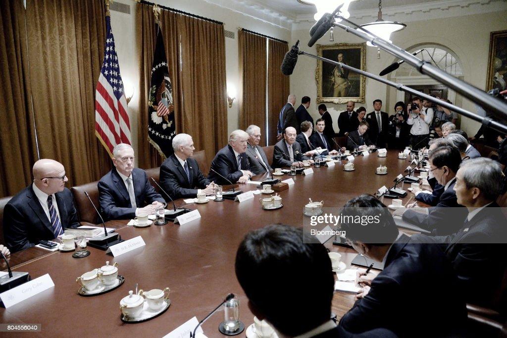 Hasil gambar untuk President Trump Meets with President Moon