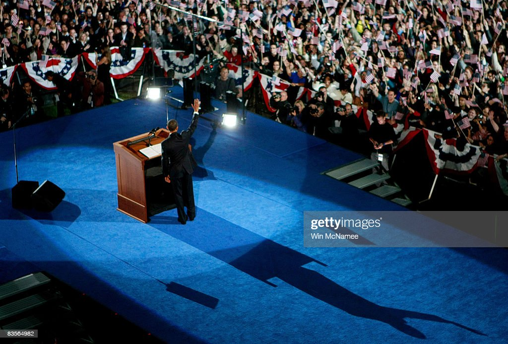 S President elect Barack Obama waves to his supporters during his victory speech at an election night gathering in Grant Park on November 4 2008 in...