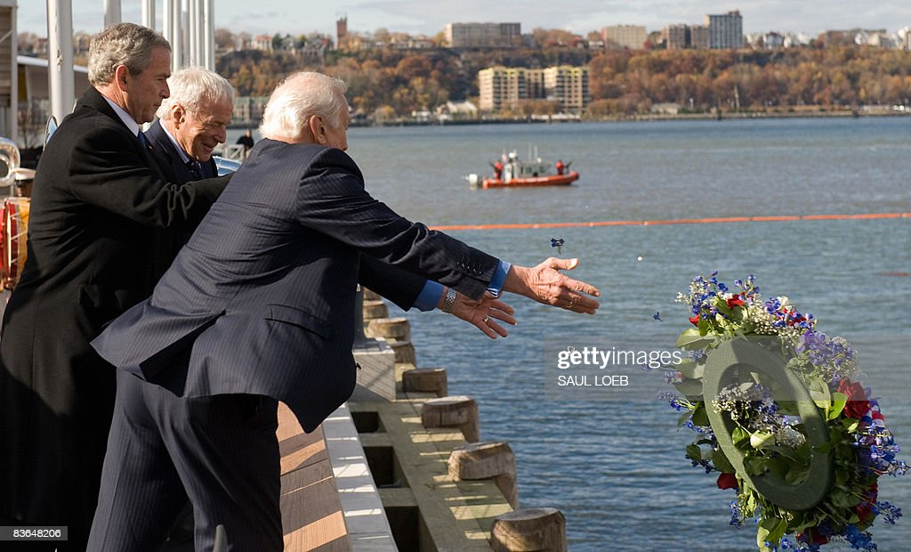 Bush Attends Veterans Day Event At Intrepid Museum   Getty ...