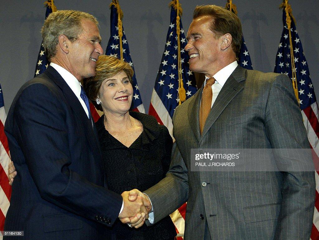 ¿Cuánto mide George Bush Jr.? - Altura - Real height Jmq7vvf