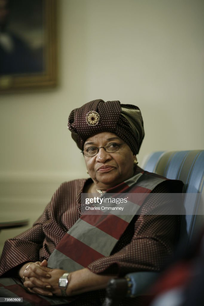 US President George W. Bush and President of Liberia Ellen Johnson-Sirleaf speak to the press in the Oval Office of the White House in Washington, DC, 14 February 2007.