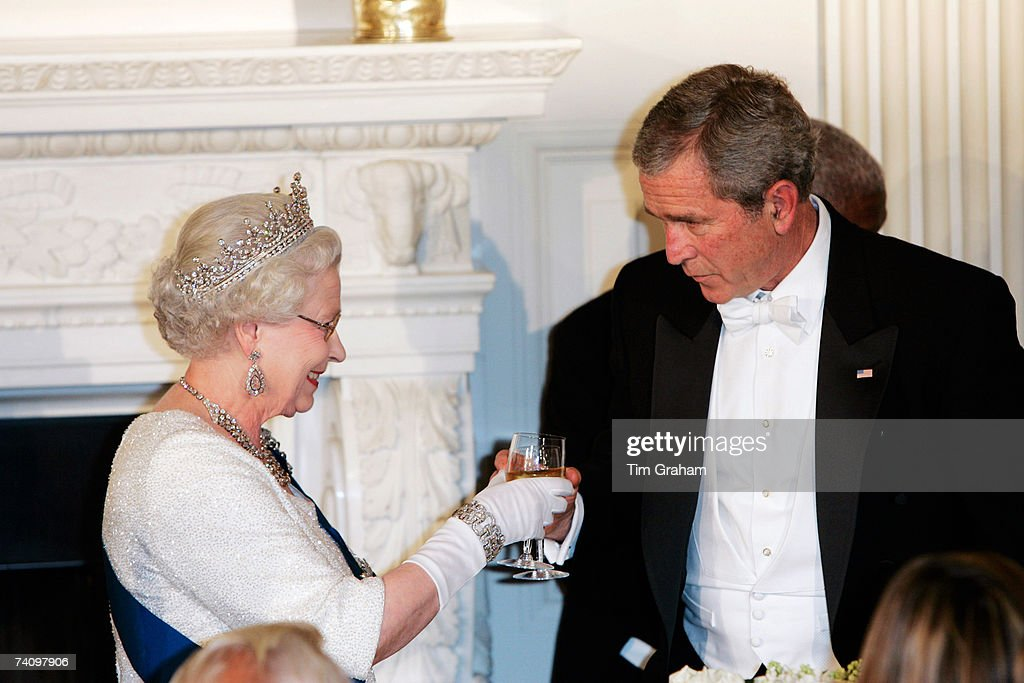President George W Bush joins Queen <a gi-track='captionPersonalityLinkClicked' href=/galleries/search?phrase=Elizabeth+II&family=editorial&specificpeople=67226 ng-click='$event.stopPropagation()'>Elizabeth II</a> in a toast during a State Dinner at the White House on the fifth day of her USA tour on May 7, 2007 in Washington, DC.