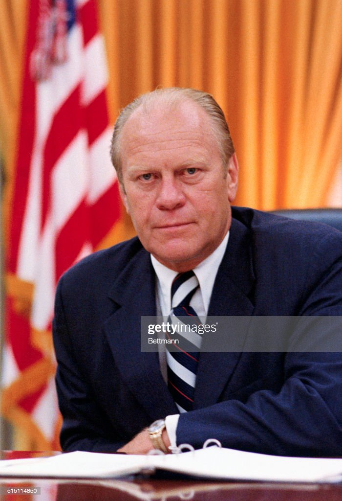 president ford Gerald ford is being sworn in as the thirty-eighth president of the united states after president nixon's resignation - august 9, 1974 courtesy gerald r ford library president ford was the only president to have been president and vice-president without being elected to either office he was.