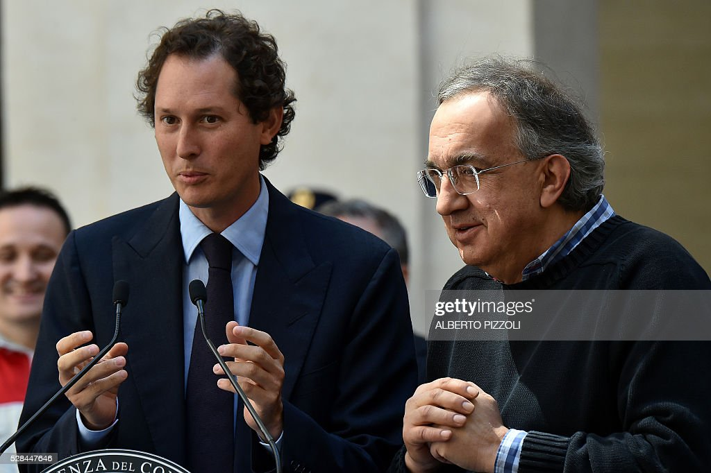 president John Elkann (L) and CEO Sergio Marchionne (R) take part in the presentation of the new FCA (FIAT) car 'Giulia' on May 5, 2016 at Chigi palace in Rome. / AFP / ALBERTO