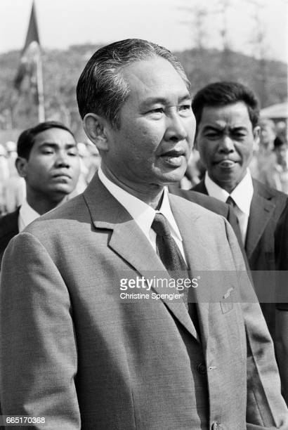 President Lon Nol Since the Lon Nol coup in March 1970 two groups fought for control of Cambodia the Khmer National Armed Forces supported by the USA...