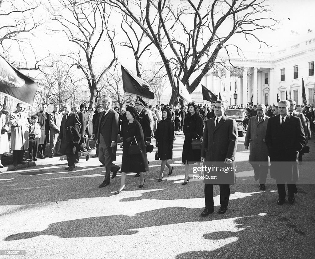 US President <a gi-track='captionPersonalityLinkClicked' href=/galleries/search?phrase=Lyndon+Johnson&family=editorial&specificpeople=91450 ng-click='$event.stopPropagation()'>Lyndon Johnson</a> (1908 - 1973) and his wife, First Lady <a gi-track='captionPersonalityLinkClicked' href=/galleries/search?phrase=Lady+Bird+Johnson&family=editorial&specificpeople=100435 ng-click='$event.stopPropagation()'>Lady Bird Johnson</a> (1912 - 2007), acccompanied by their daughters, Luci and Lynda, march in the funeral procession for assassinated President John F. Kennedy as it leaves the White House, Washington DC, November 25, 1963.