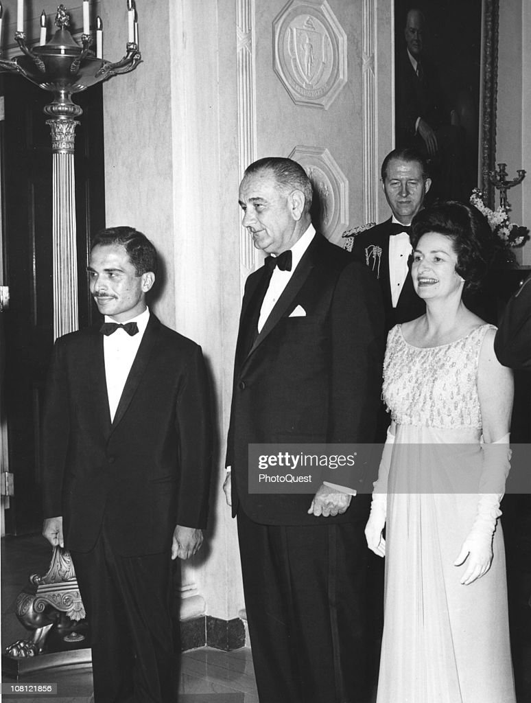 US President <a gi-track='captionPersonalityLinkClicked' href=/galleries/search?phrase=Lyndon+Johnson&family=editorial&specificpeople=91450 ng-click='$event.stopPropagation()'>Lyndon Johnson</a> (1908 - 1973) (center) and his wife, First Lady <a gi-track='captionPersonalityLinkClicked' href=/galleries/search?phrase=Lady+Bird+Johnson&family=editorial&specificpeople=100435 ng-click='$event.stopPropagation()'>Lady Bird Johnson</a> (1912 - 2007), pose with <a gi-track='captionPersonalityLinkClicked' href=/galleries/search?phrase=King+Hussein&family=editorial&specificpeople=93663 ng-click='$event.stopPropagation()'>King Hussein</a> of Jordan (1935 - 1999), Washington DC, April 14, 1964.