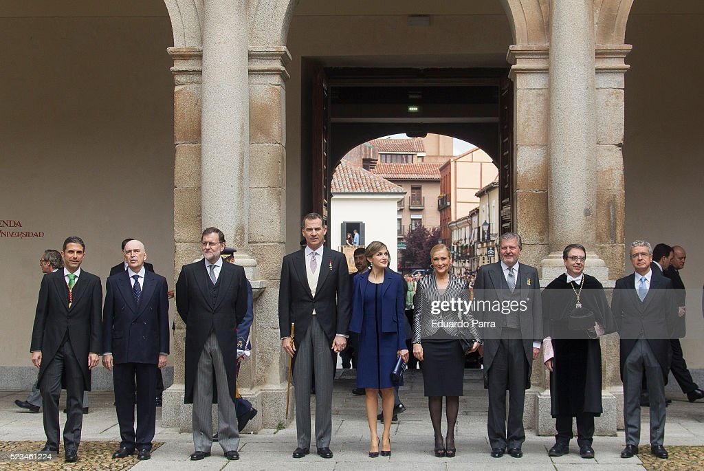 President Mariano Rajoy (3L) Queen Letizia of Spain (5L) and King Felipe VI of Spain (4L) pose for photographers at the University of Alcala de Henares for the Cervantes Prize award ceremony on April 23, 2016 in Alcala de Henares, Spain.