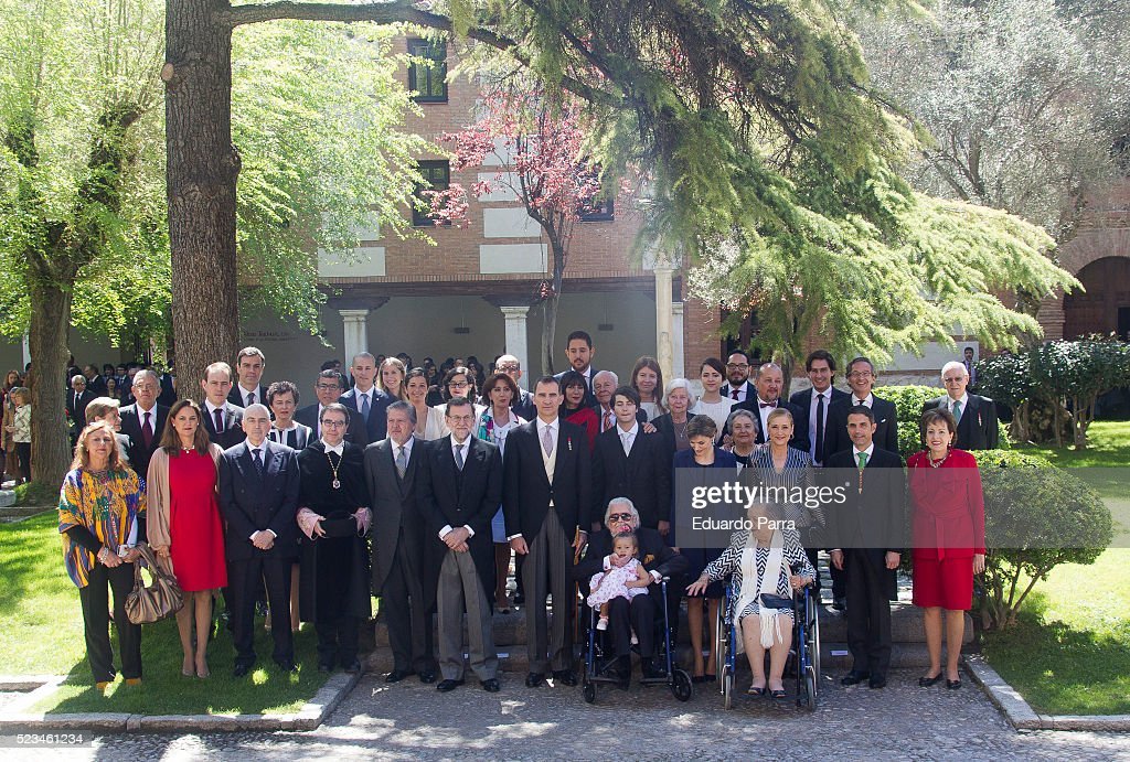President Mariano Rajoy (6L) Queen Letizia of Spain (4R), King Felipe VI of Spain (7L) and writer Fernando del Paso (C) pose for photographers at the University of Alcala de Henares for the Cervantes Prize award ceremony on April 23, 2016 in Alcala de Henares, Spain.