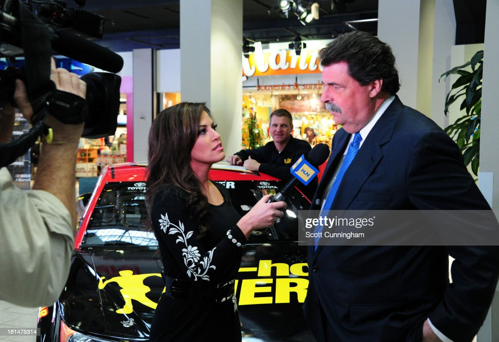 President <a gi-track='captionPersonalityLinkClicked' href=/galleries/search?phrase=Mike+Helton+-+Racing+Executive&family=editorial&specificpeople=226522 ng-click='$event.stopPropagation()'>Mike Helton</a> is interviewed by Robin Meade of CNN Headline News during the Road to Daytona Fueled By Sunoco Tour at CNN Center on February 11, 2013 in Atlanta, Georgia.