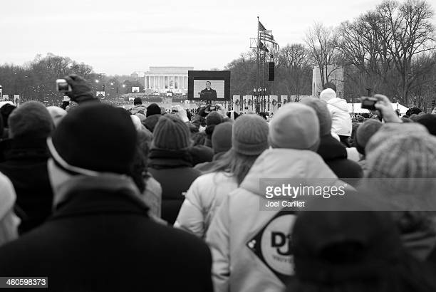 President Obama speaking at Lincoln Memorial