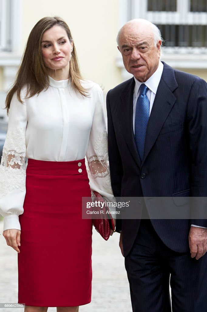 President of BBVA Bank Francisco Gonzalez and Queen Letizia of Spain attend the 10th Anniversary of 'Microfinanzas BBVA' at the BBVA Bank Foundation on May 29, 2017 in Madrid, Spain.